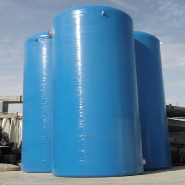 Deposito vertical tratamiento del agua